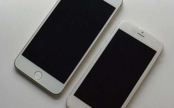 iPhone 6 モックアップ